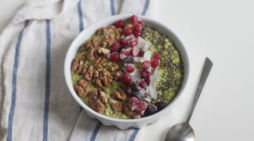 Say Goodbye To Boring And Hello To Delicious Matcha Oatmeal